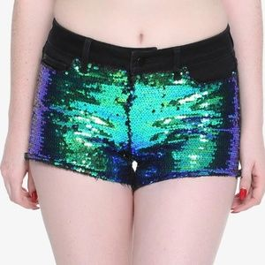 [a43-4] Hot Topic Reversible Sequin Shorts